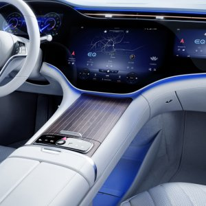Mercedes-Benz-EQS-Interior-9.jpg