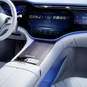 Mercedes-Benz-EQS-Interior-10.jpg
