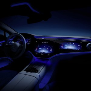 Mercedes-Benz-EQS-Interior-13.jpg
