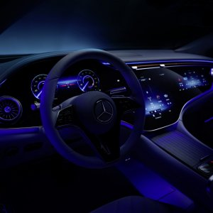 Mercedes-Benz-EQS-Interior-15.jpg